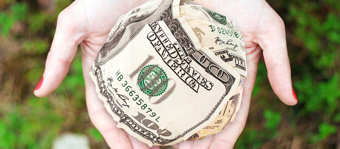 cash-dollars-hands-money-271168